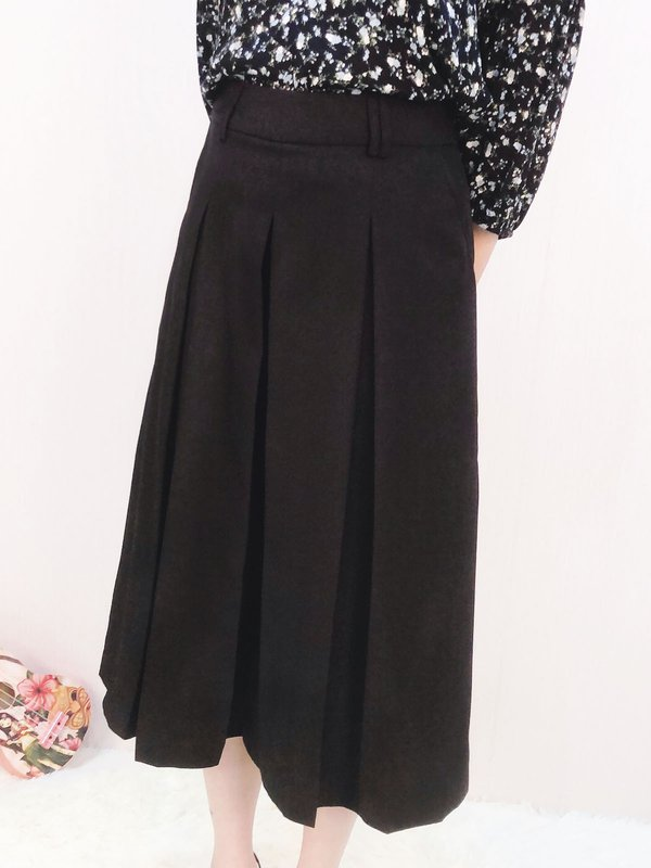 P29878BL PLEATED WIDE LEG PANTS (BLACK)