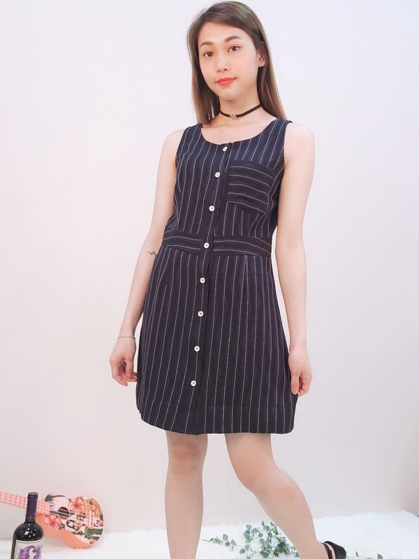SLEEVELESS STRIPED BUTTON DRESS (DARK BLUE)