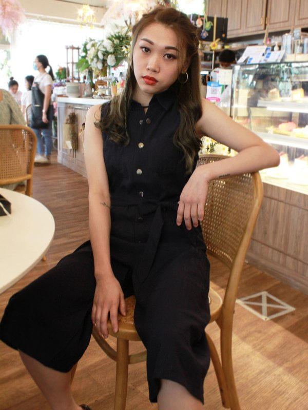 COLLAR STRAIGHT JUMPSUIT (DARK BLUE)