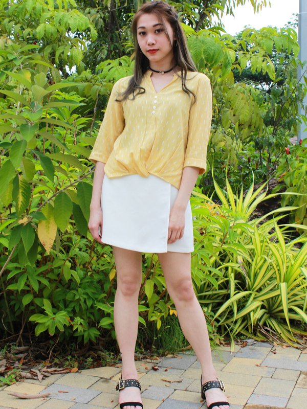V NECK PADDY TOP (PALE YELLOW)