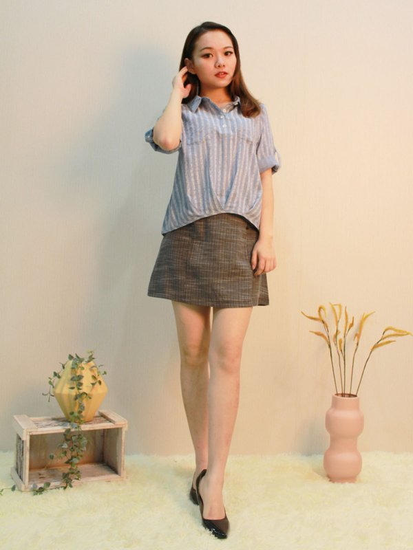 COLLAR THREE QUATER BLOUSE (LIGHT BLUE)