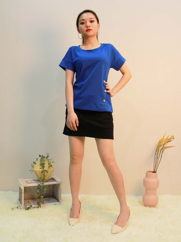 TRIPLE BUTTON TOP  (COBALT BLUE)