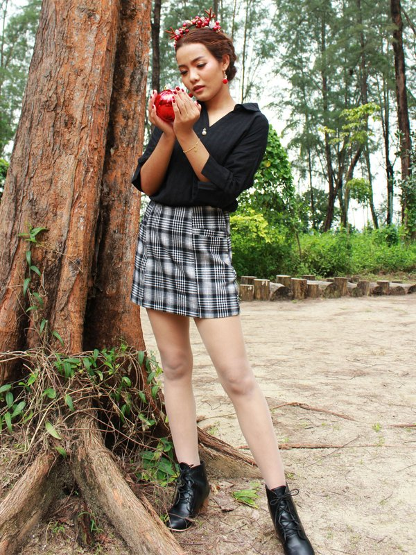 CHECKED SKORT (BLACK)