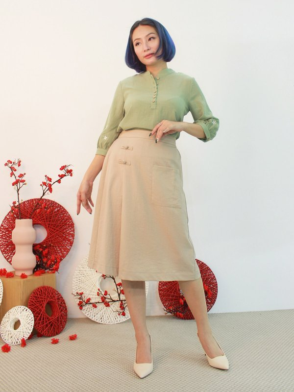 EMBROIDERY SLEEVE BLOUSE (PALE GREEN)