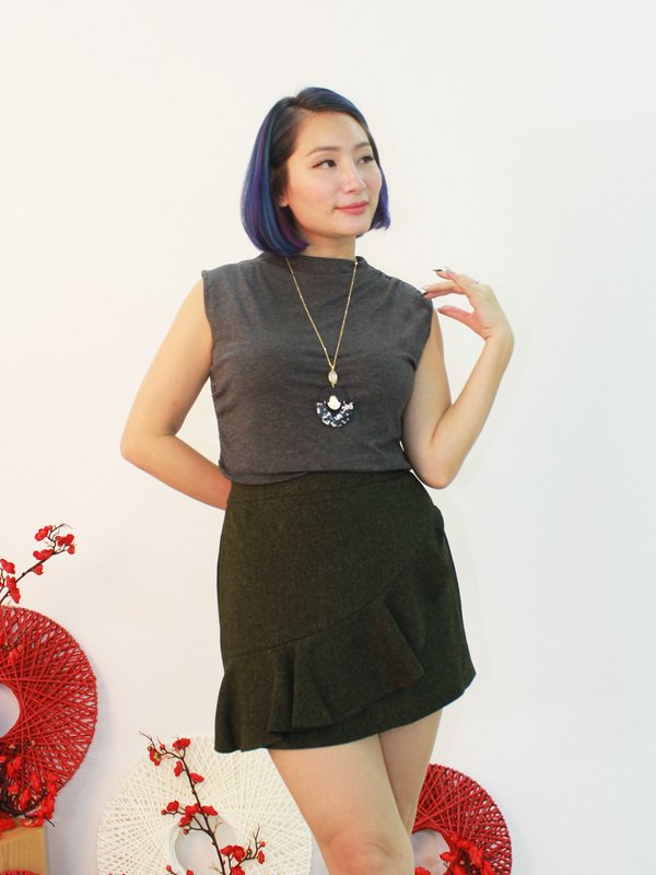 COLETTE BASIC TOP (DARK GREY)