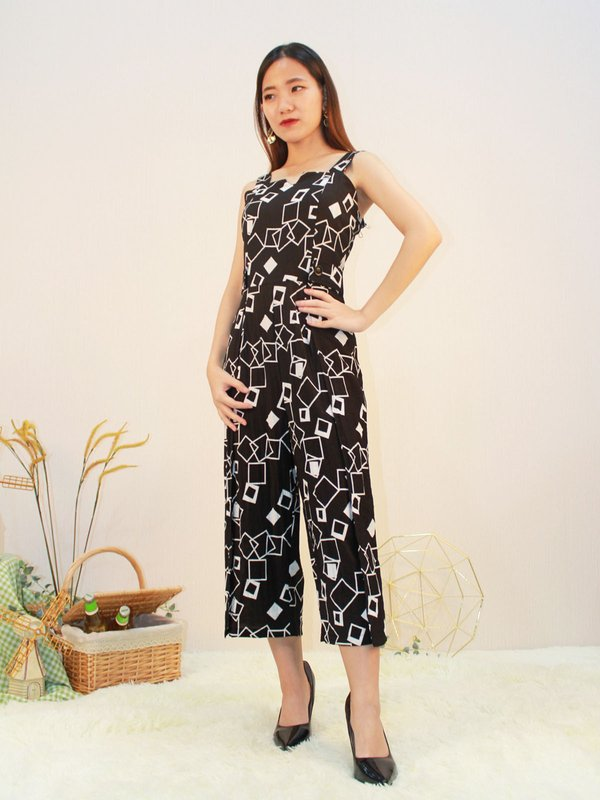 CLASH ABSTRACT JUMPSUIT (BLACK)