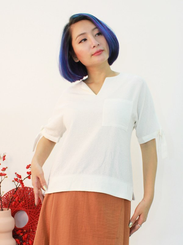 GRIM RIBBON SLEEVE TOP (CREAM)