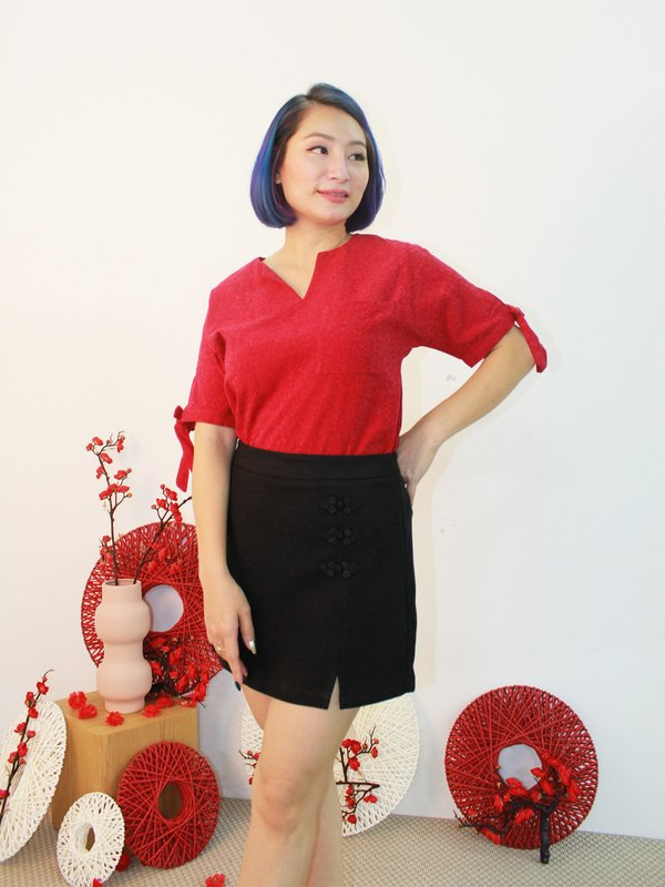 GRIM RIBBON SLEEVE TOP (RED)